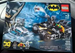 LEGO Batman Mr. Freeze Batcycle Battle DC Set # 76118 New 20